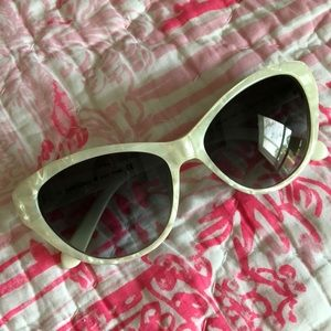 Kate Spade Della sunglasses mother of Pearl